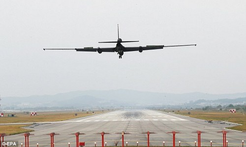 A U-2S ultra-high-altitude reconnaissance aircraft operated by the US Air Force lands atOsan Air Base during the drills