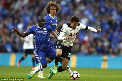 Kante's combative style would act as perfect foil for the attackers at Parc des Princes