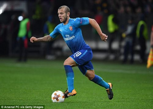 Although Wilshere started the match out on the left, he was encouraged to find pockets inside