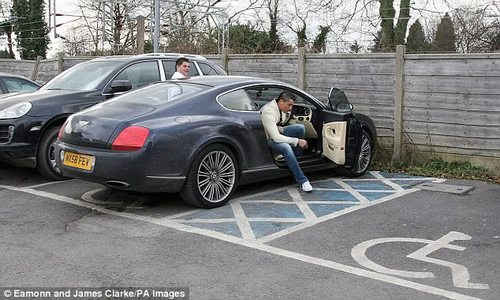 In 2009, Ronaldo was seen driving a Bentley GT Speed which was worth £140,000