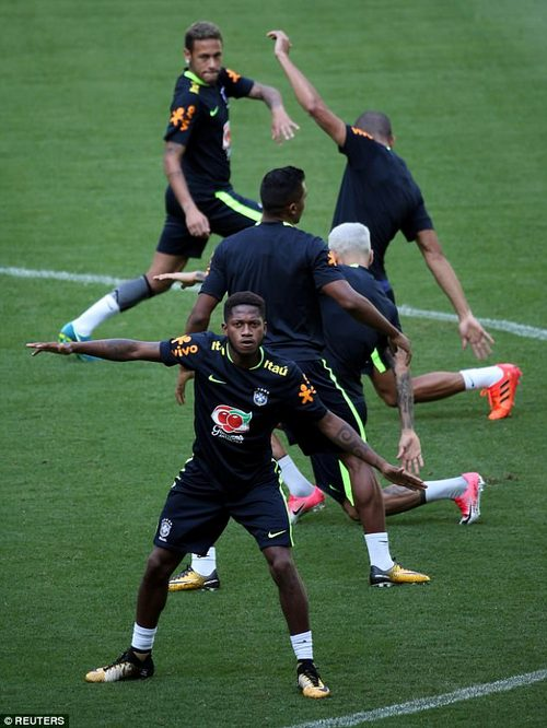 The Brazilian boys certainly looked limbered up as they upped preparations for Chile clash