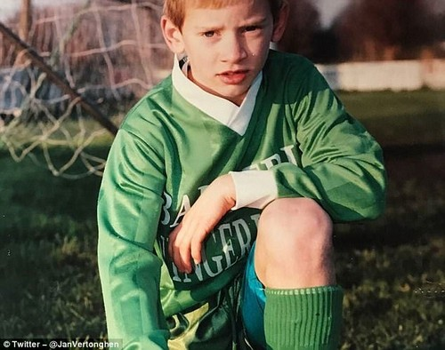 Spurs star Vertonghenshared a picture of himself as a child in a youth team's football kit