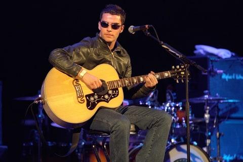 kelly jones stereophonics elevation tour 2001