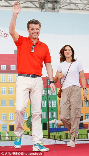 Mary's husband, Prince Frederik, was notable for his dad-inspired outfit - pairing cream chinos with trainers and a red polo shirt