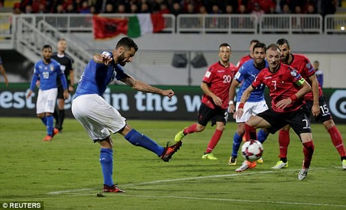 Candreva grabbed the only goal of the game when he fired home Leonardo Spinazzola's cross