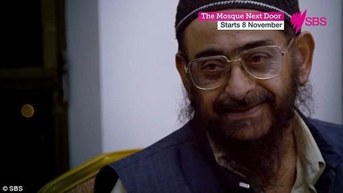 This elderly Muslim man in the SBS documentary says he's as 'dinky di as an Aussie meat pie'