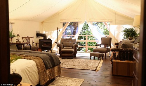 The eco-safari-style resort has 25 luxury tents arranged along the water¿s edge and on the forested hillside.All are decked out with old world furnishings, with vintage oil lamps, candles and sparkling antique silver completing the look