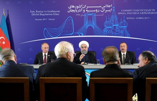 Iran, Russia Envision Huge Oil Deal on Putin's Iran Visit