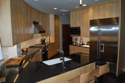 Кухня, в которой есть всё необходимое.   Фото: odditycentral.com.