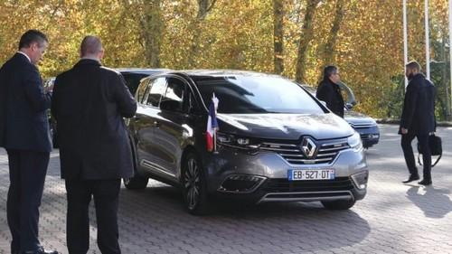 Необычный выбор президента Франции.