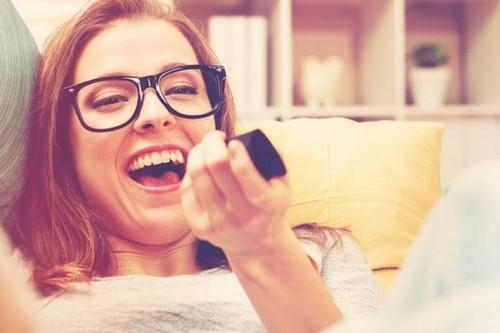 Смех не только продлевает жизнь, но и делает живот более плоским.