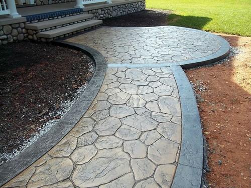 Садовая дорожка является важным элементов в любом современном ландшафтном дизайне.