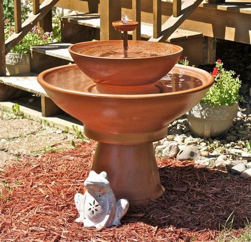 Фонтан для садового участка, который можно смастерить своими руками.