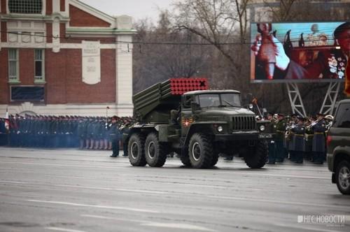 До этого в Новосибирске для репетиций парада два раза перекрывали Красный проспект