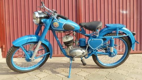Минск М1А пошел в серию в 1951 году.