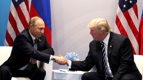 Yet again, Trump believes Putin over his own intelligence officials