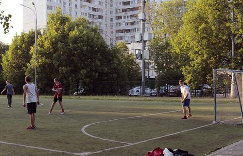 An apartment block looms between the Tyoply Stan and Konkovo metros at the edges of the city, a vivid remnant of Soviet construction.