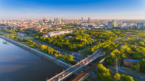 5 Photographers Share Quick Tips for Amazing Aerial City Photos - Follow Local Rules