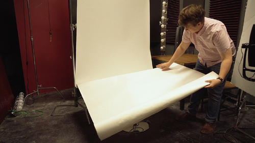 Avoiding Mistakes on Set: How to Properly Set Up A Product Photoshoot - Destroying a Set