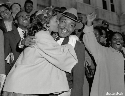 15 Breathtaking Photos from the Life of Martin Luther King Jr. - Leaving Court