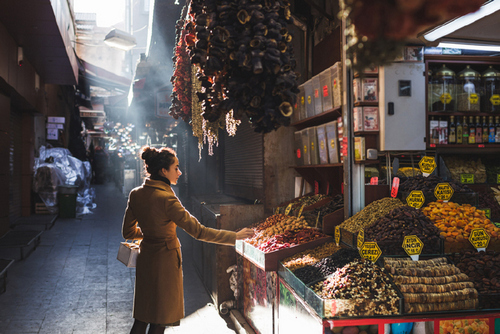 Photographers on Delicious Street Food Around the World — Let Light Guide You