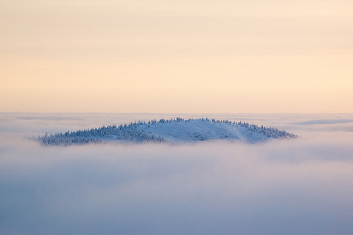 Professional Tips for Magical Winter Landscape Photos - Protect Yourself from the Cold
