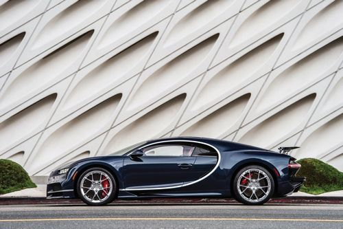 One of the most powerful production vehicles ever produced, the Chiron upholds Bugatti's reputation as anuncompromising crafter of vehicles featuring both supremeperformance and refined design cues, building upon the successof the Veyron series.