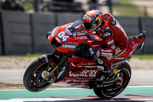 Fearless Motorcycle Racers Hit 220 MPH Speeds At America's Ultimate MotoGP Contest