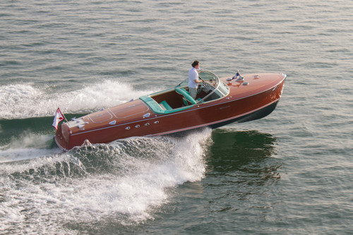 This Classic 1950s Riva Speedboat Owned by The Prince of Monaco Can Now Be Yours