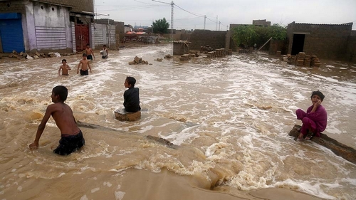 Monsoon rains in Pakistan kill at least 17 people