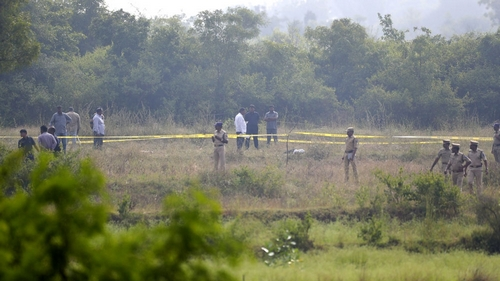 Police shoot dead nearly four suspects