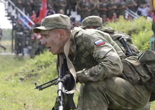 Российские разведчики лидируют на международных играх под Новосибирском