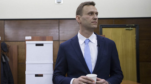 Russia Defies West as NATO Urges Cooperation Over Navalny